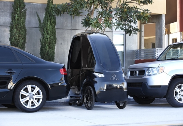Virtue Pedalist combine car and motorcycle, makes Smart cars feel fat