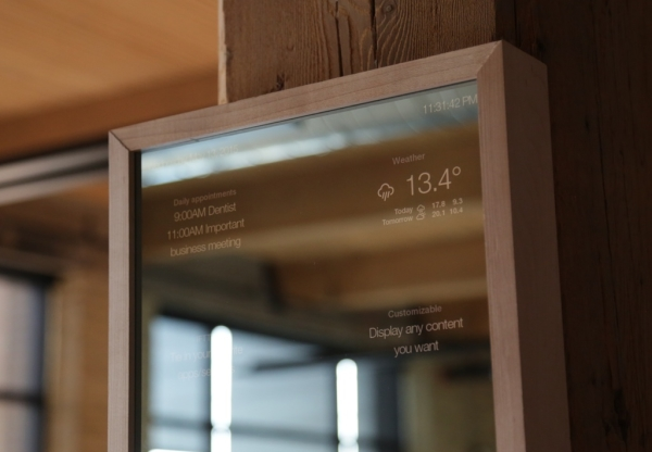 SmartMirror, SmartMirror on the wall tells you who's the most informed of them all