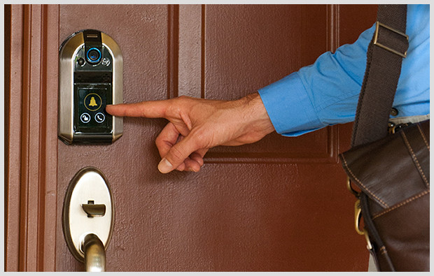 Nucli smart lock has two screens, covers all the bases