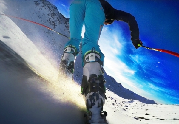 CARV's a digital ski coach that lives in your ear