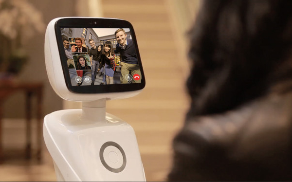 AMY shows the way to the future of helpful home robots