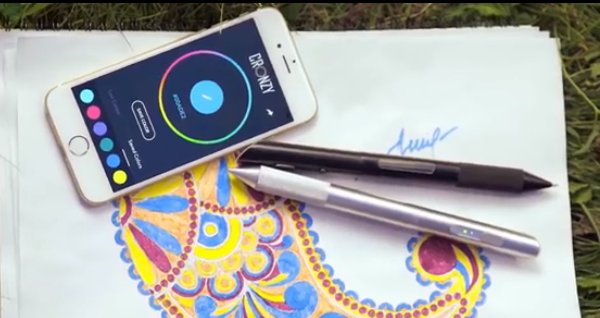Cronzy is a pen that lets you write with a rainbow